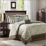 4 Things To Know While Choosing California King Size Comforter Sets