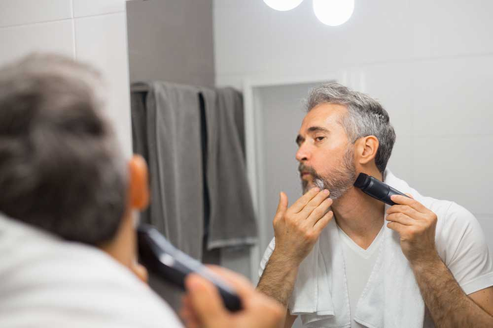 Best Electric Razors for Elderly Man