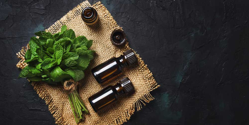 5 Best Essential Oils For Hair Growth Quickly | How to Use and Benefits
