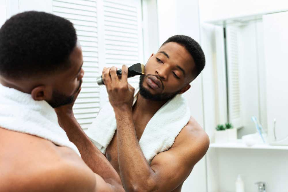 5 Top Best Electric Shavers for Black Men In 2021