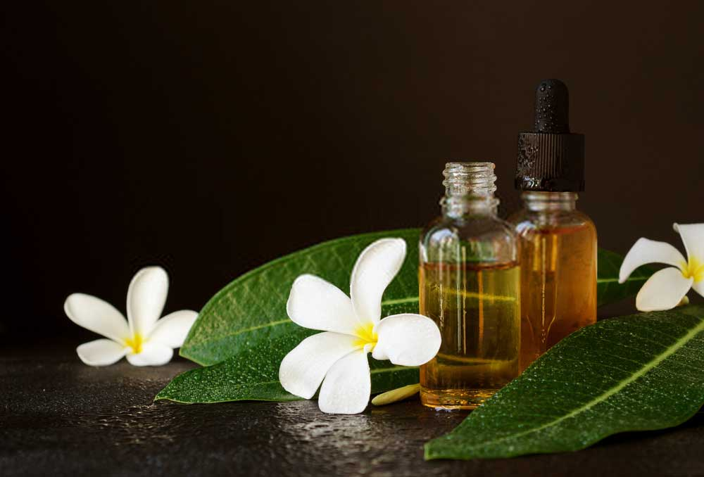 best-essential-oils-for-dry-acne-prone-skin