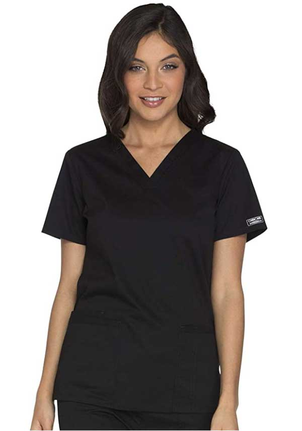 8 Best Scrubs for Nurses 2020