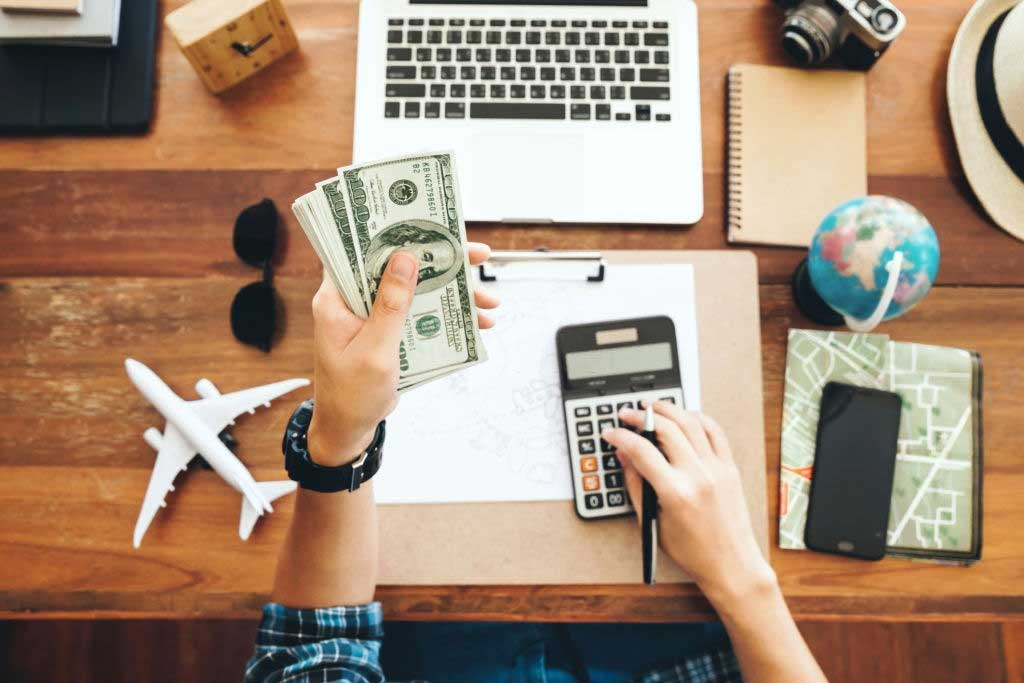 Traveling on a Budget - 5 Tips To Do It Right
