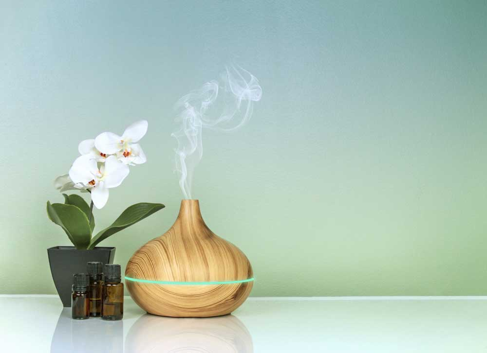 Ways To Use Essential Oils To Promote Better Sleep
